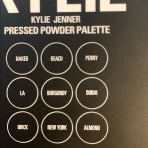 Kylie Cosmetics Makeup - KYLIE the burgundy palette